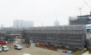 2016年に豊洲へ移転予定の新市場の建築中現場