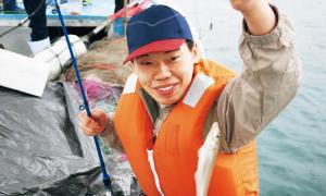 蔵王店・北村君。なかなか釣れませんでしたが、最後の最後に粘りの一釣り!
