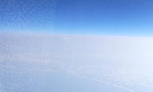 飛行機に乗って、北の大地へ。
